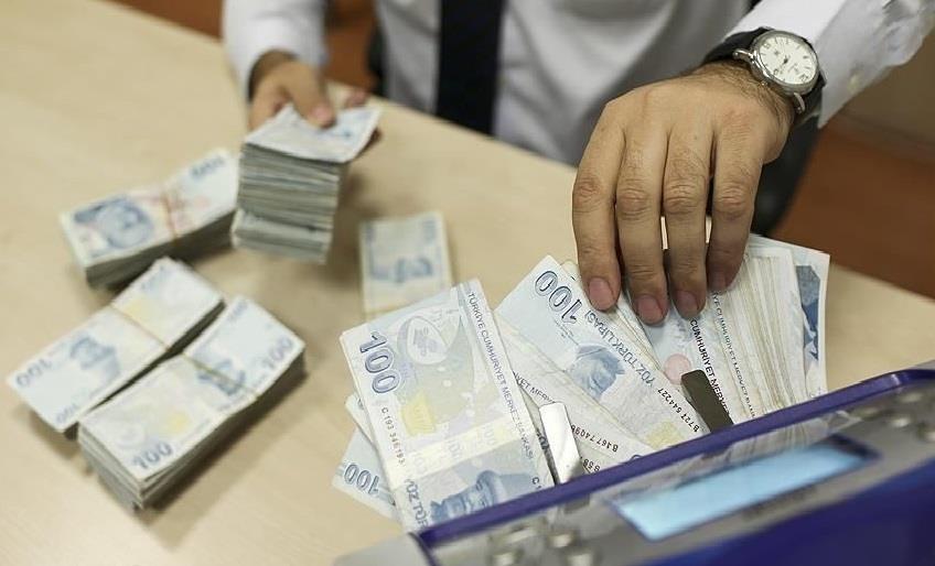 KAMU BANKALARI KREDİ FAİZ ORANLARINI İNDİRDİ