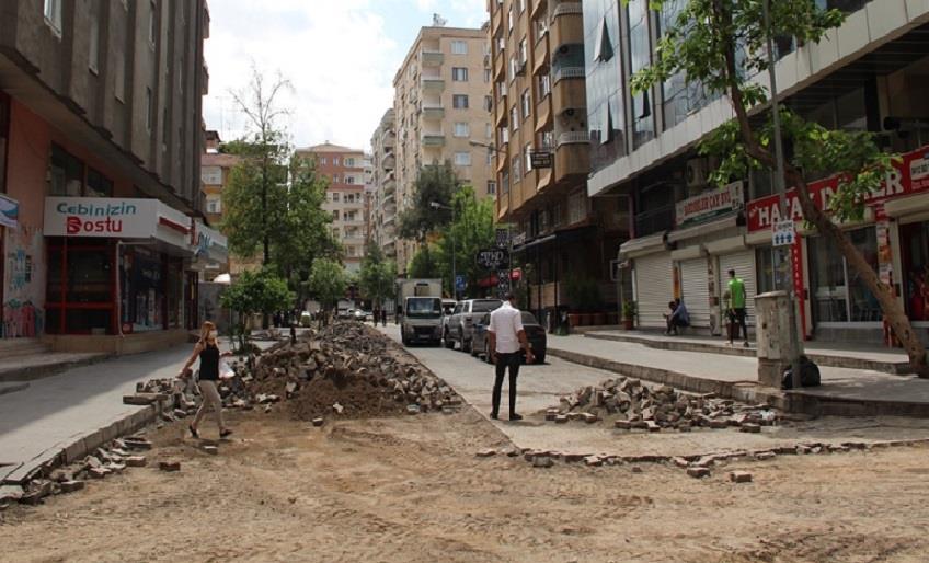 DİYARBAKIR'DA ÜST YAPI ÇALIŞMALARINA HIZ VERİLDİ